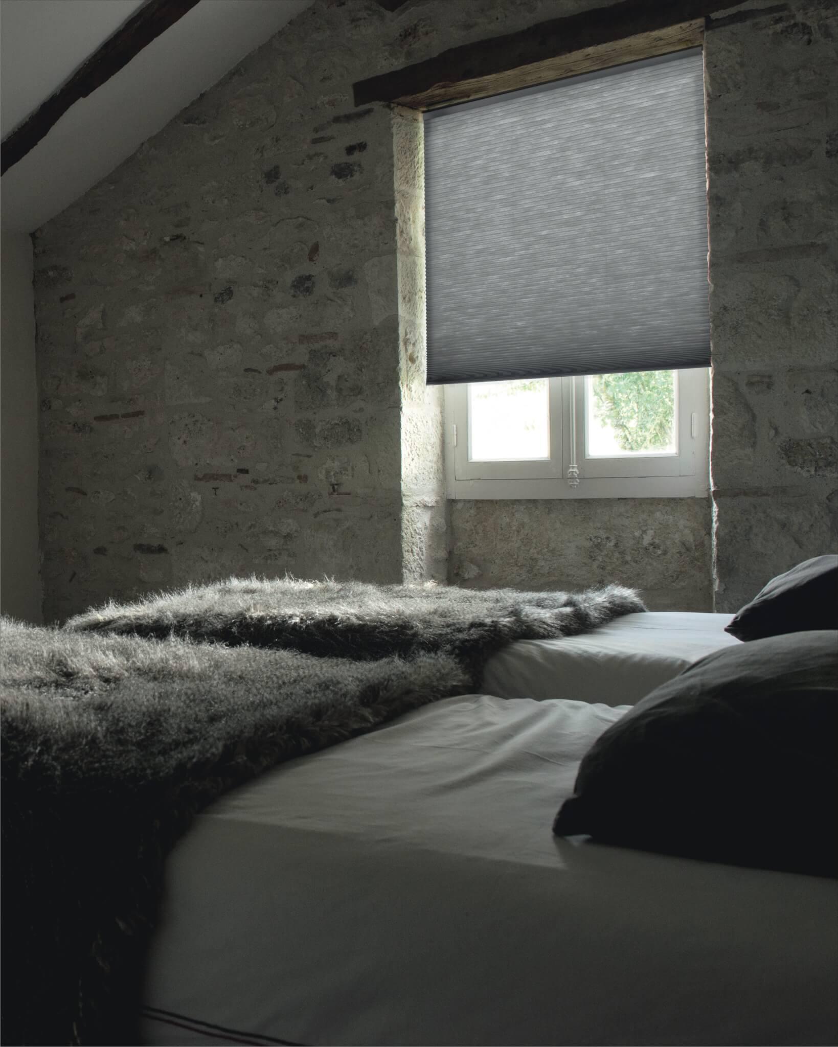 PLISSEE VERDUNKELUNG | für Schlaf- und Kinderzimmer | Plissee.de